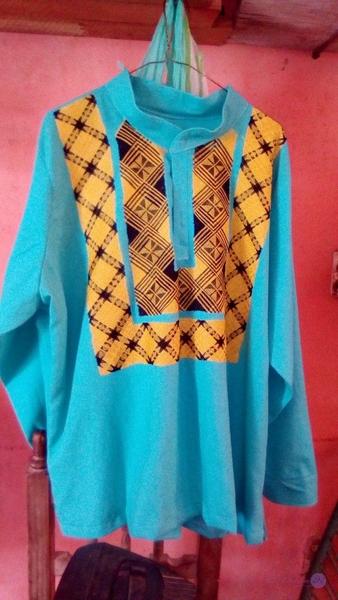 camisa con costura de cadenilla