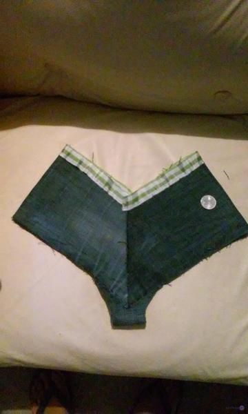 Transformé mis jeans en un SEXY CACHETERO.