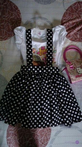 Falda de niña con tirantes