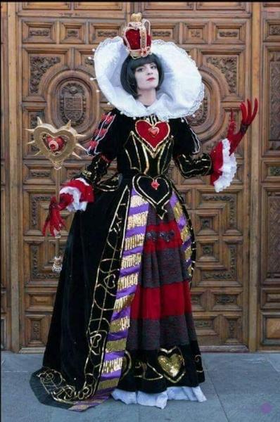 cosplay reina de corazones