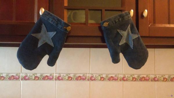 Manoplas o guantes para cocina, hechos de Jeans